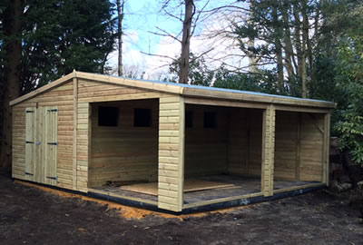 24' x 24' (7.2m x 7.2m) Bespoke Apex Workshop
